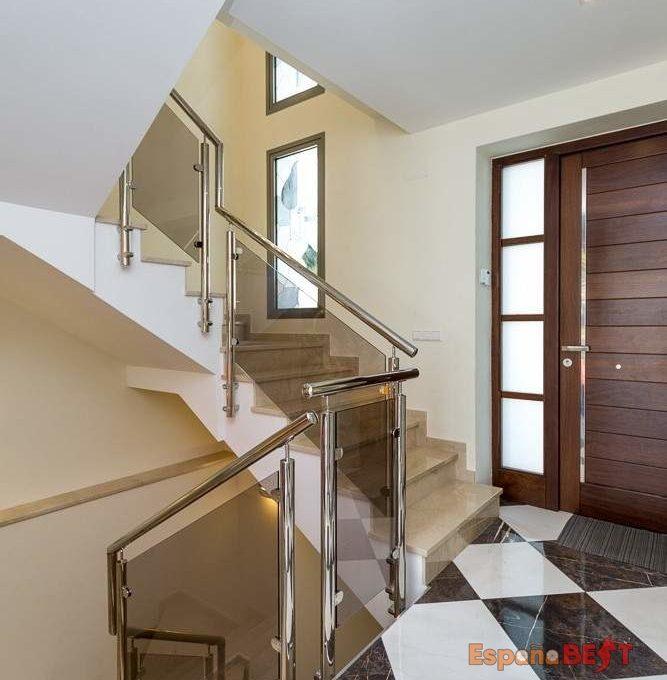 villa_calalga_1000px-55-667x738