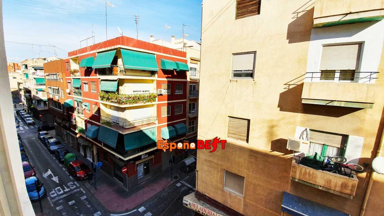 Просторная квартира в районе Каролинас Альтас ID 6.2