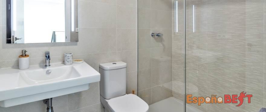 b11_kiruna_residencial_alenda_golf_bathroom_035alendagolf_sept-2019-min-jpg-espanabest