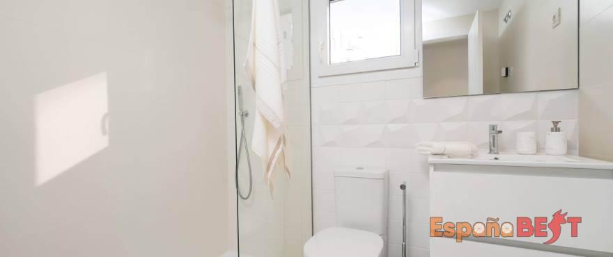 b12_panorama_mar_bathroom_jan2019-jpg-espanabest
