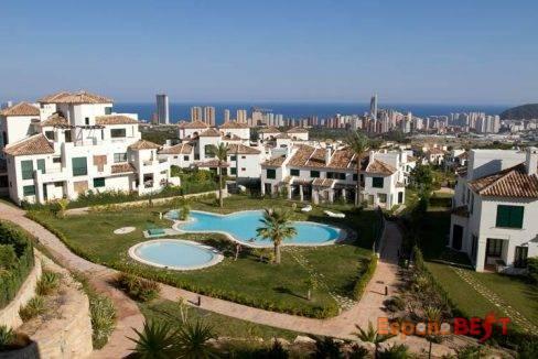 galeria-principal-el-balcon-apartamentos-sierra-cortina-vistas-urbanizacion-1-es-jpg-jpg-espanabest